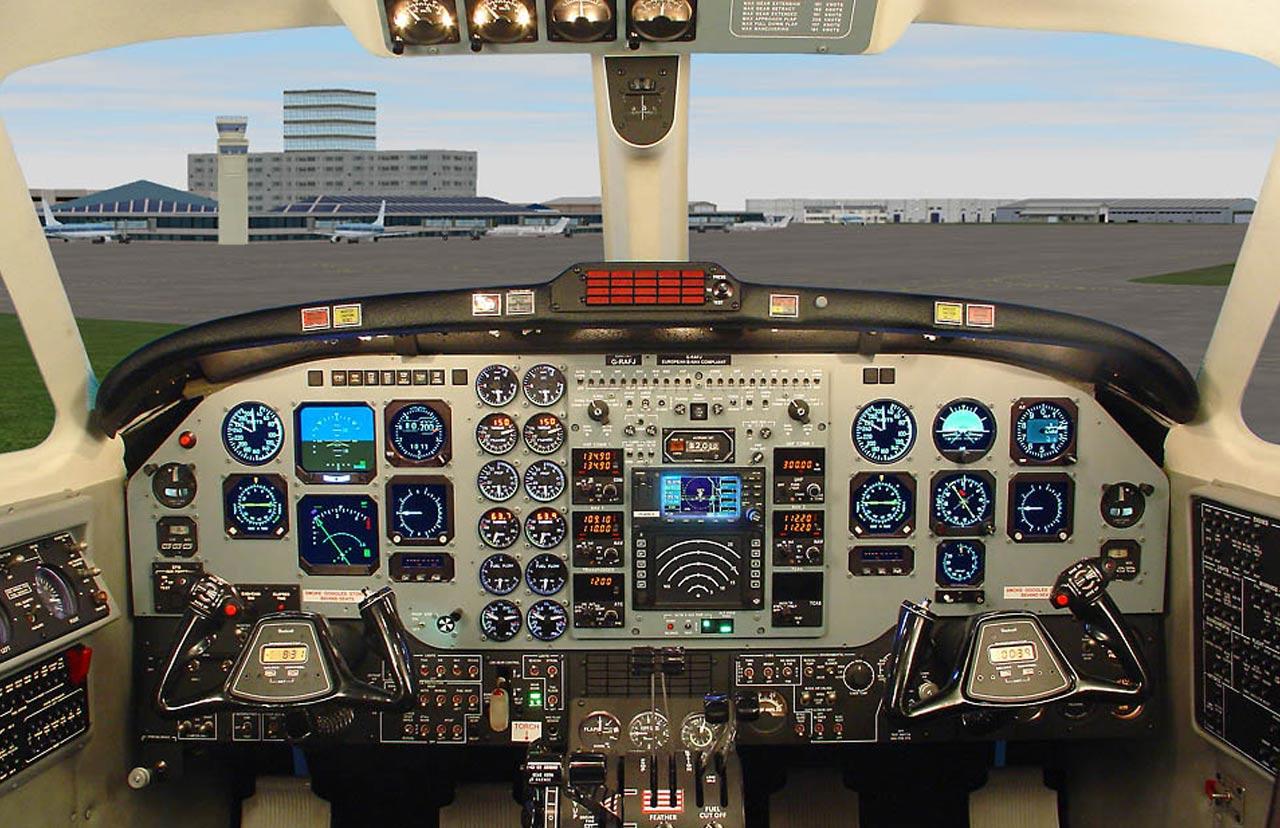 Beechcraft King Air B200 - Frasca Flight Simulation