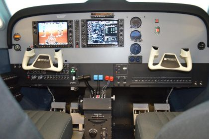 Frasca Beechcraft Baron G58 Flight Simulator