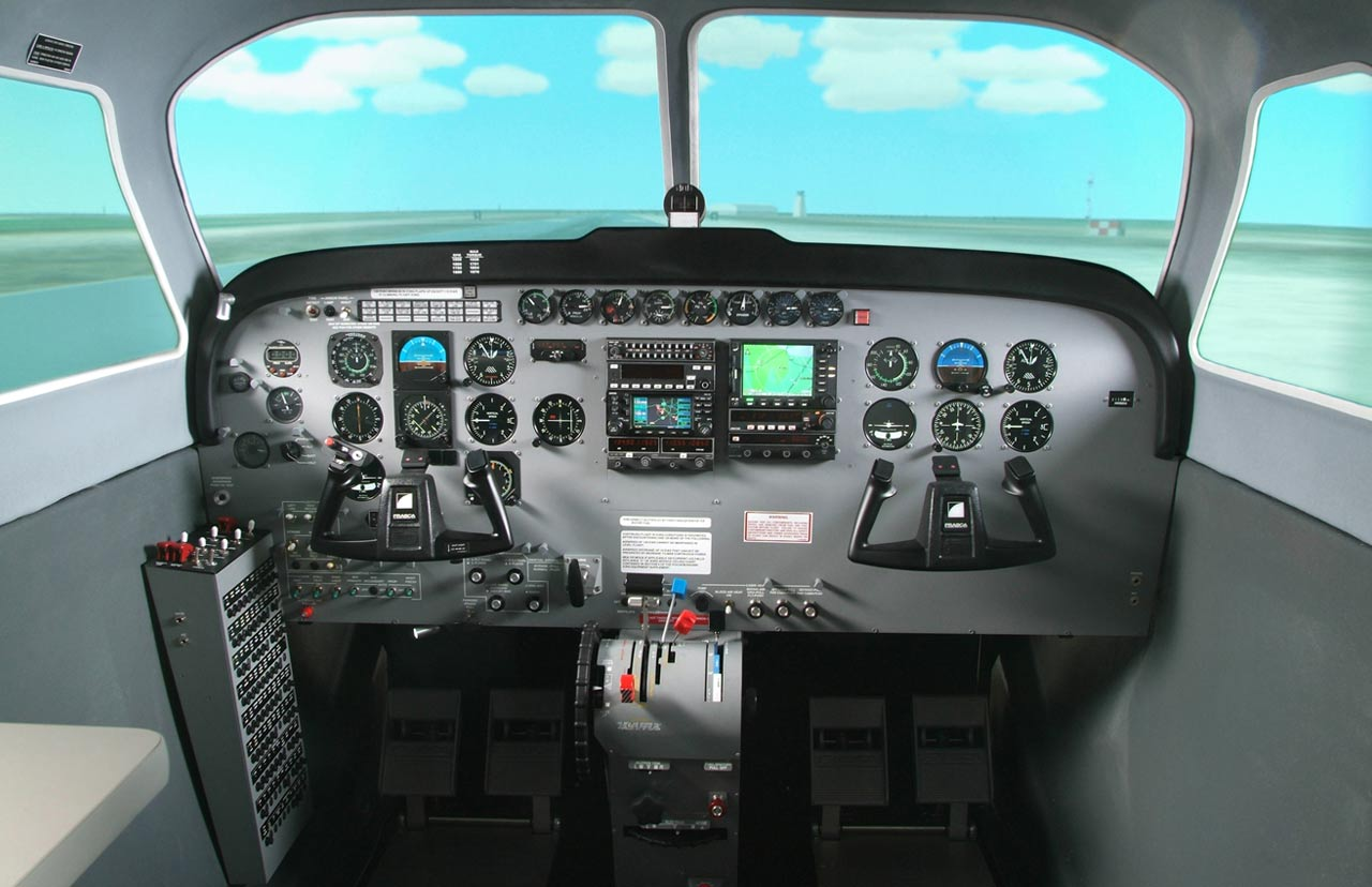 Cessna 172 - Frasca Flight Simulation
