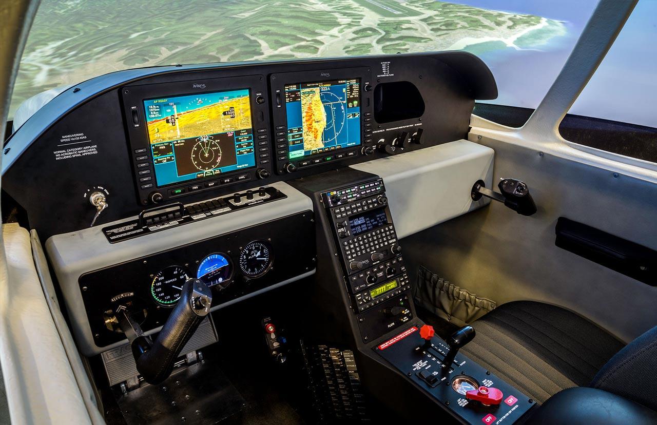 Cirrus-SR22-Simulator